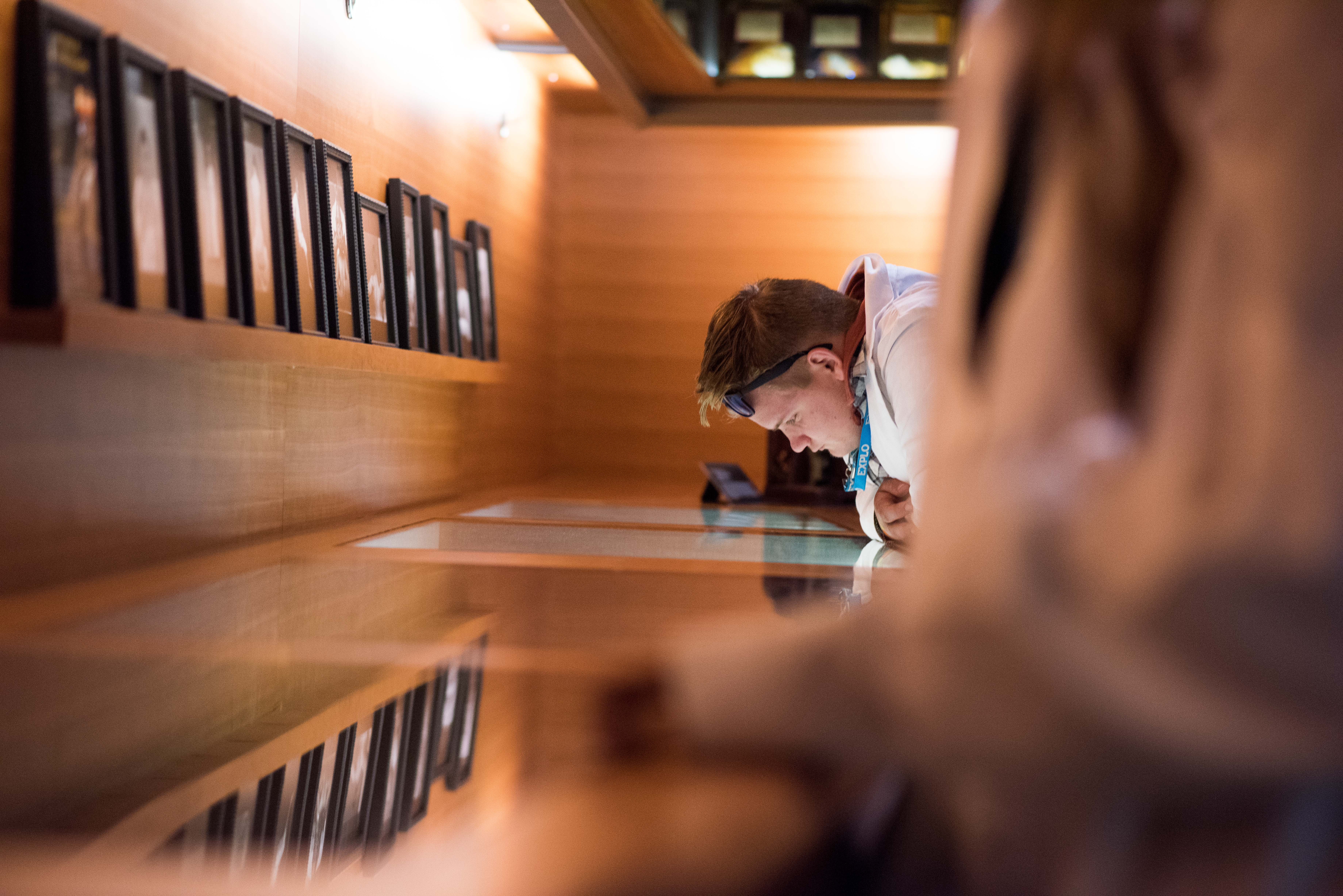 Brains in Jars: Psychology + Neuroscience Students at the Cushing Center